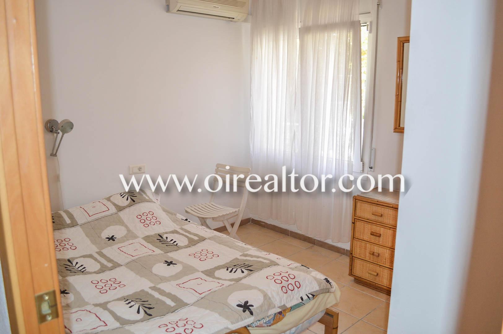Продается квартира на улице Фрезер в Эмпуриабрава