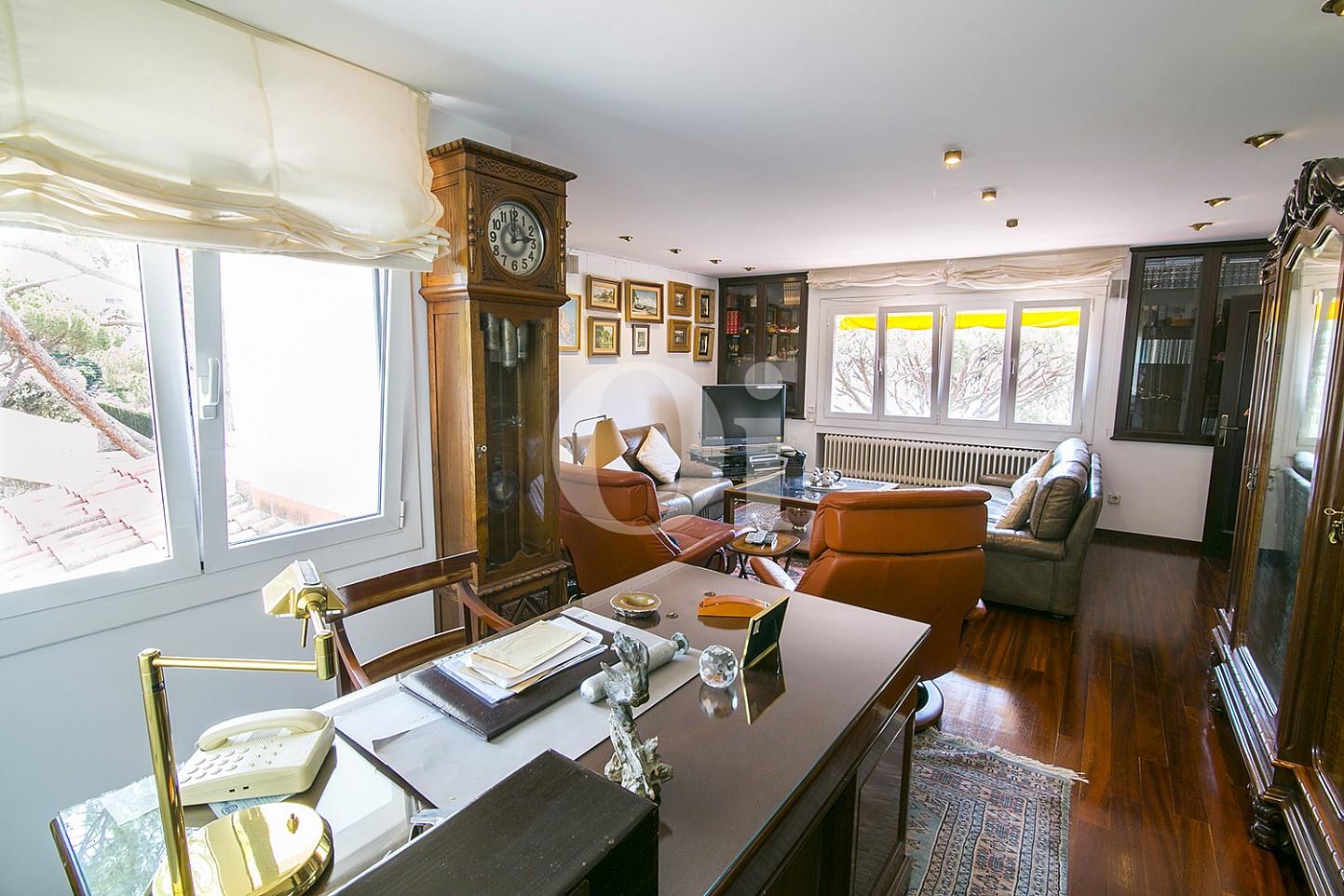 Кабинет в доме на продажу в Cabrils, Maresme