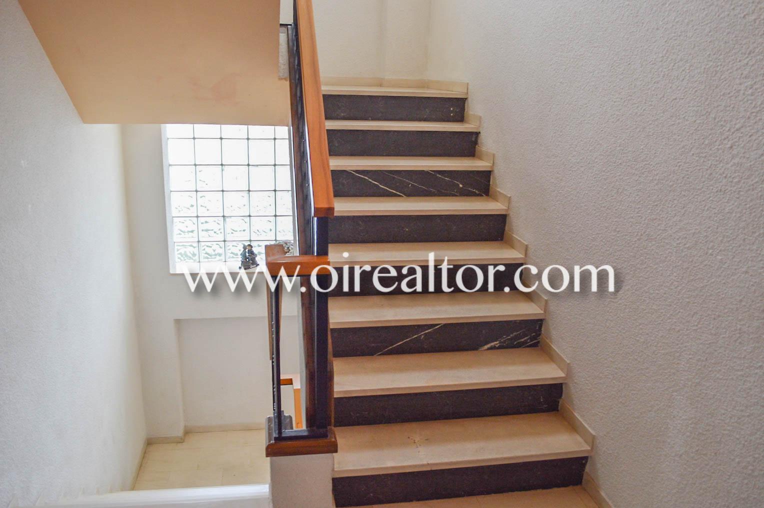 Продается квартира в Кабальито де Мар в Эмпуриабрава