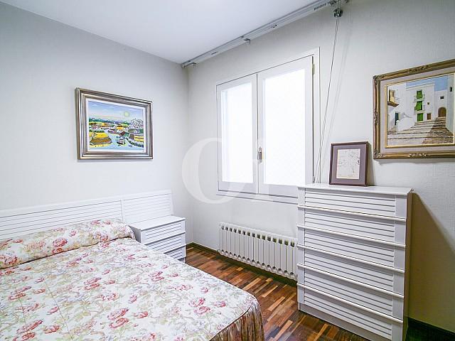 Magnífica habitación doble con cama matrimonial en lujoso ático en venta en Sant Gervasi, Barcelona