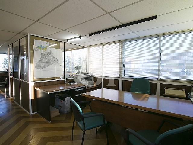 Рабочий кабинет в мансарде на продажу в Sant Gervasi, Барселона