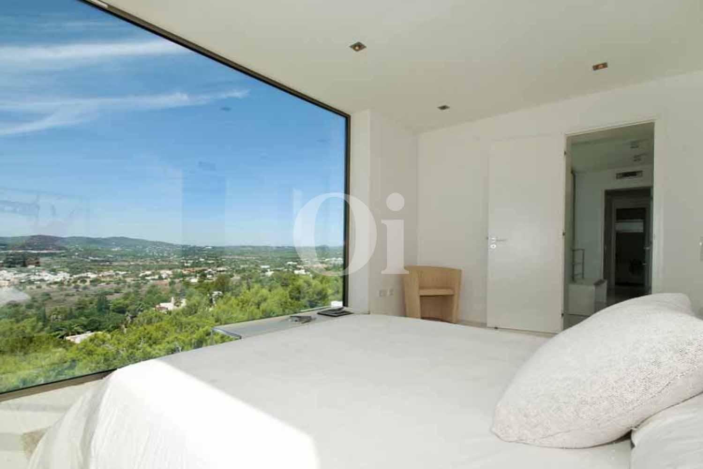 Спальня в доме на продажу на Ибице