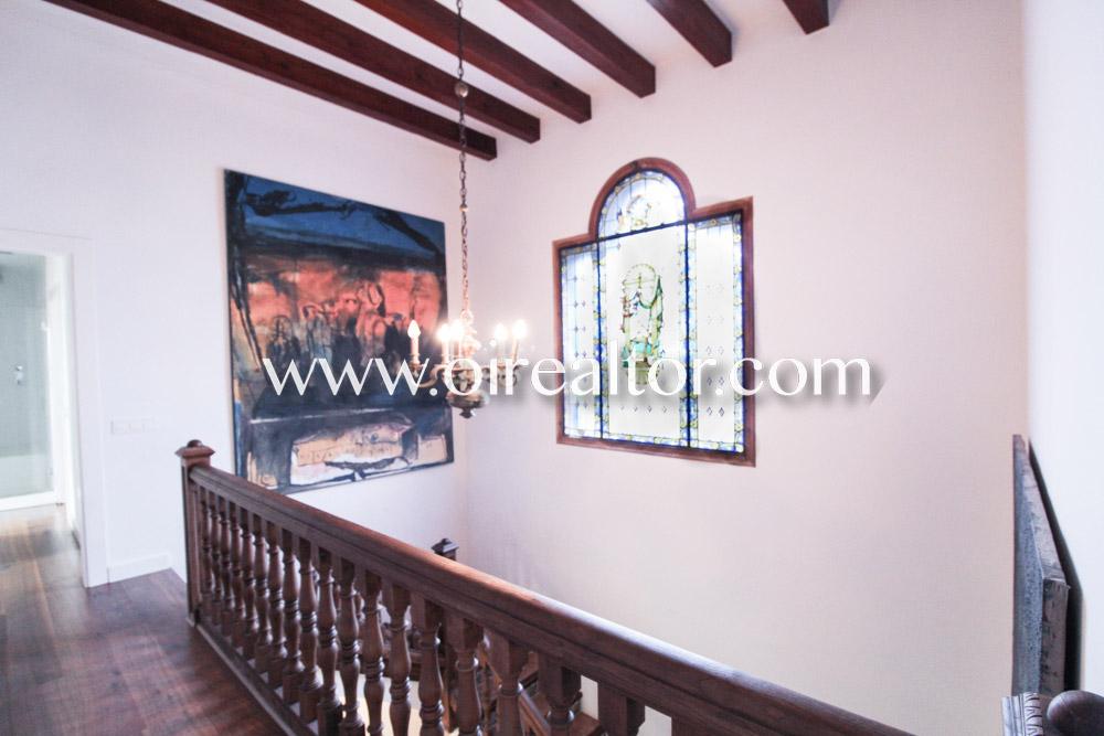 Загородный дом на продажу в Порт Бали, Сант Андреу де Льяванерес