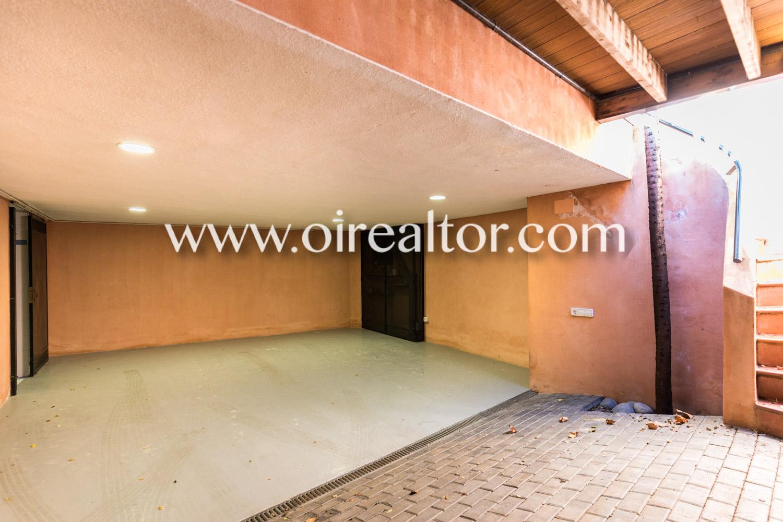 Продается дом в городском районе Премия де Дальт