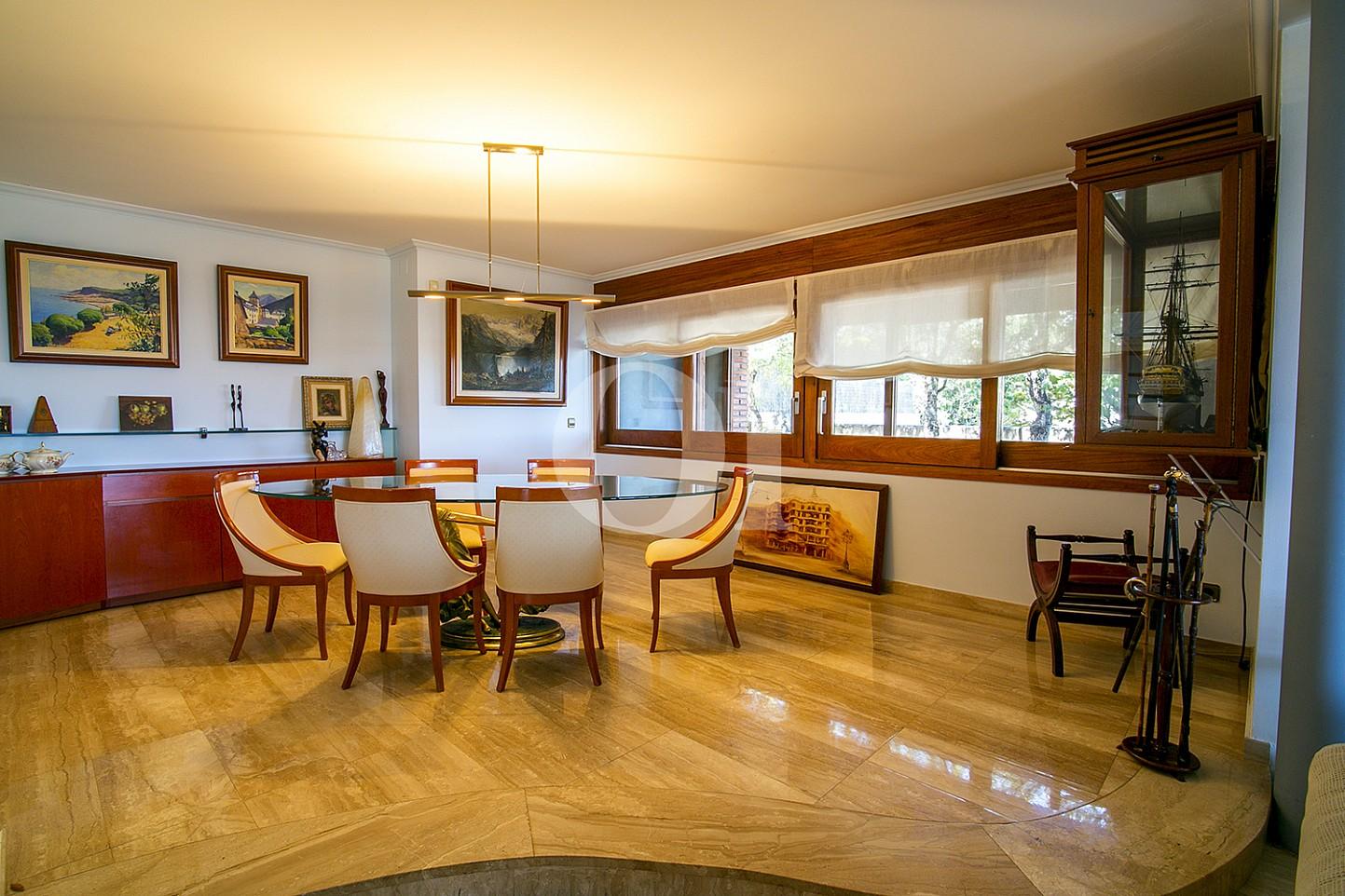 Столовая в доме на продажу в Sant Berger de Teià