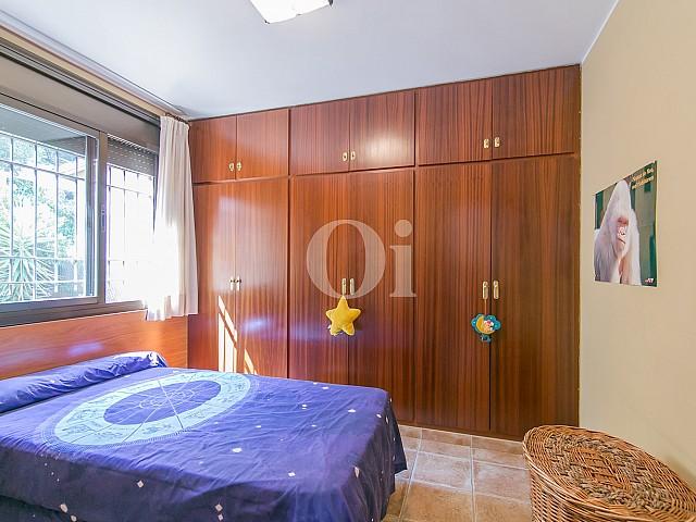 Спальня дома на продажу в Vallvidrera, Барселона