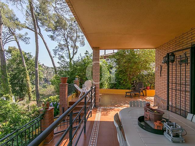 Sensacionales vistas exteriores de Vallvidrera en lujosa casa en venta