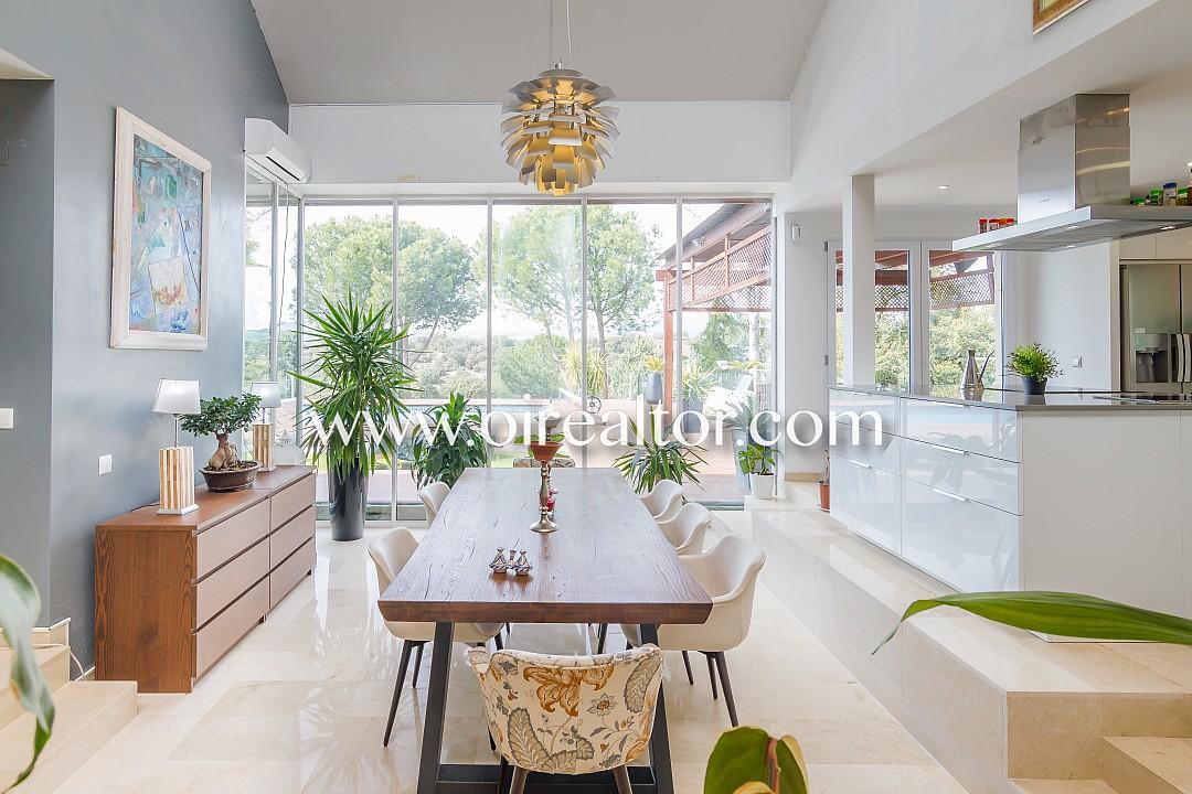 Отдельный дом на продажу в Лас Розас, Мадрид