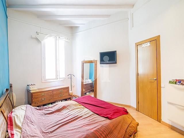 Спальня в квартире на продажу в Готическом Квартале Барселоны