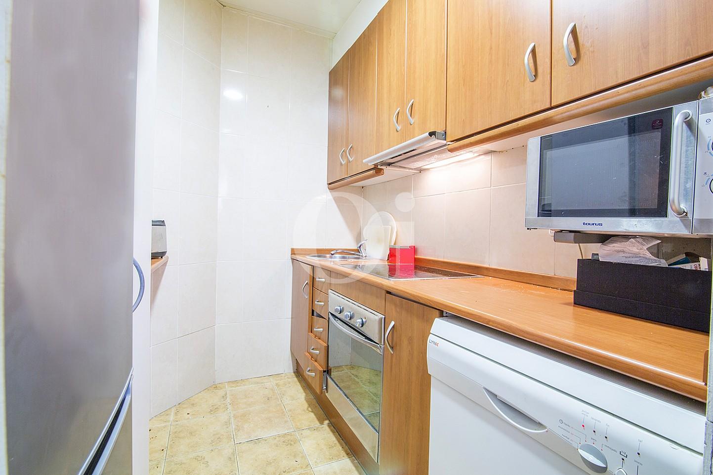 Magnifica cocina equipada y independiente en lujoso piso en venta ubicado en El Gotic, Barcelona