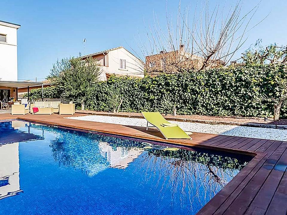 Продается дом в Эсплугес-де-Льобрегат, Барселона