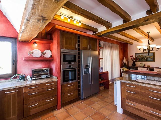 Кухня дома в аренду в Puig d'en Valls, Ибица