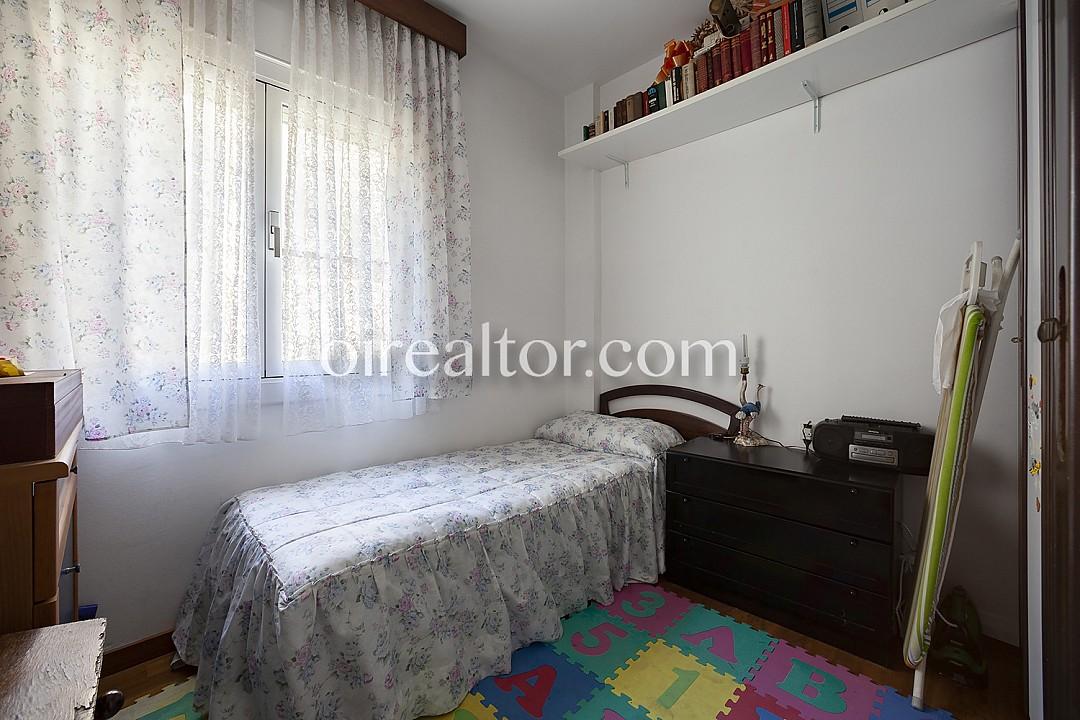 Продается квартира в Плаза де Галласа Пласидиа, Барселона