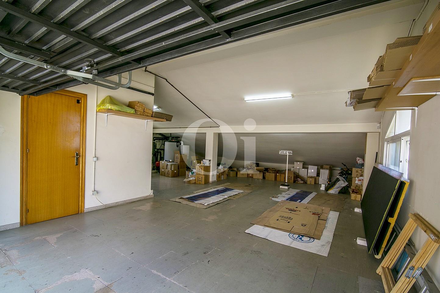 Подсобное помещение и гараж эксклюзивного жилья на Mas Ram в Бадалоне