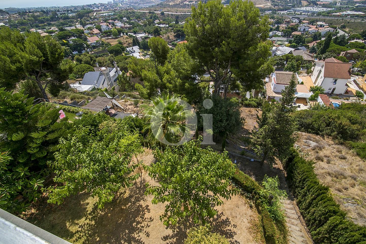 Вид на горы эксклюзивного жилья на Mas Ram в Бадалоне