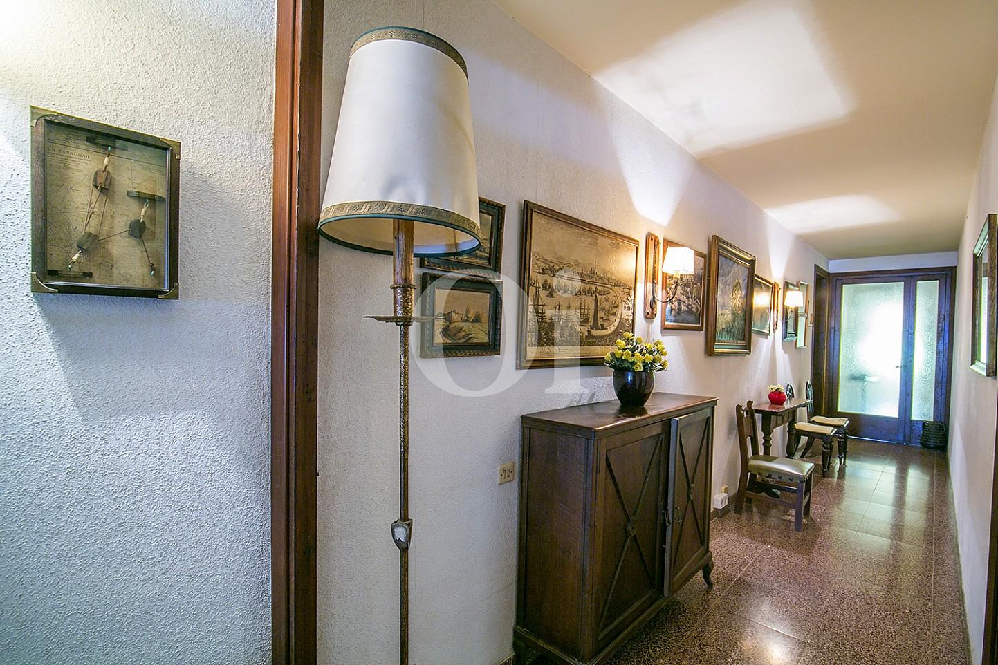 vistes de gran passadís amb decorats en pis en venda a Caldetes