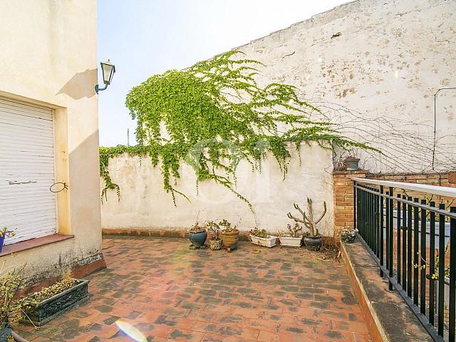 vue sur la cour spacieuse de appartement à vendre à Caldes d'Estrac