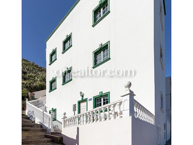 Edifici d'apartaments amb llicència turística en venda a Tenerife, Rendibilitat del 12%