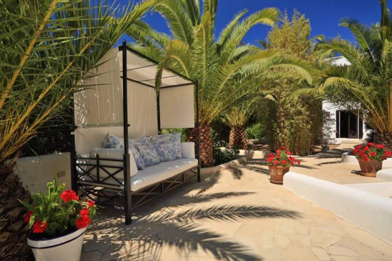 Беседка прекрасной виллы на продажу в районе Santa Getrudis, Ibiza