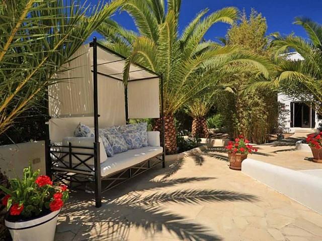 Patio de preciosa villa en alquiler en Santa Getrudis, Ibiza