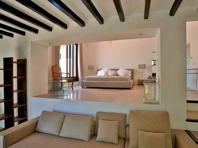 Гостиная прекрасной виллы на продажу в районе Santa Getrudis, Ibiza