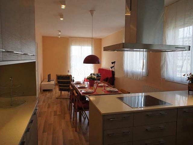 Apartamento para alugar em Sants, Barcelona