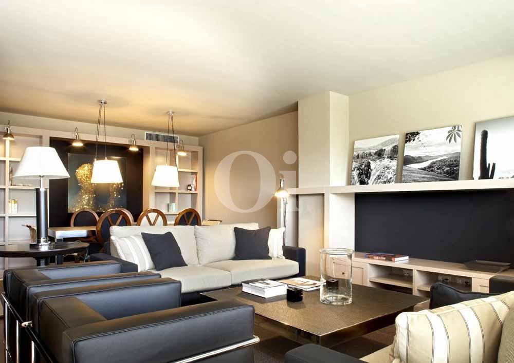 Sala de estar de maravilloso piso en venta en Sant Gervasi - La Bonanova