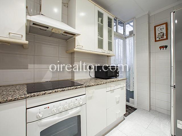 10 Cocina, piso en venta en Barcelona