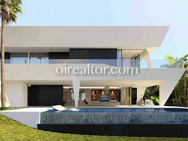 Casa in vendita a Atalaya, Marbella-Málaga
