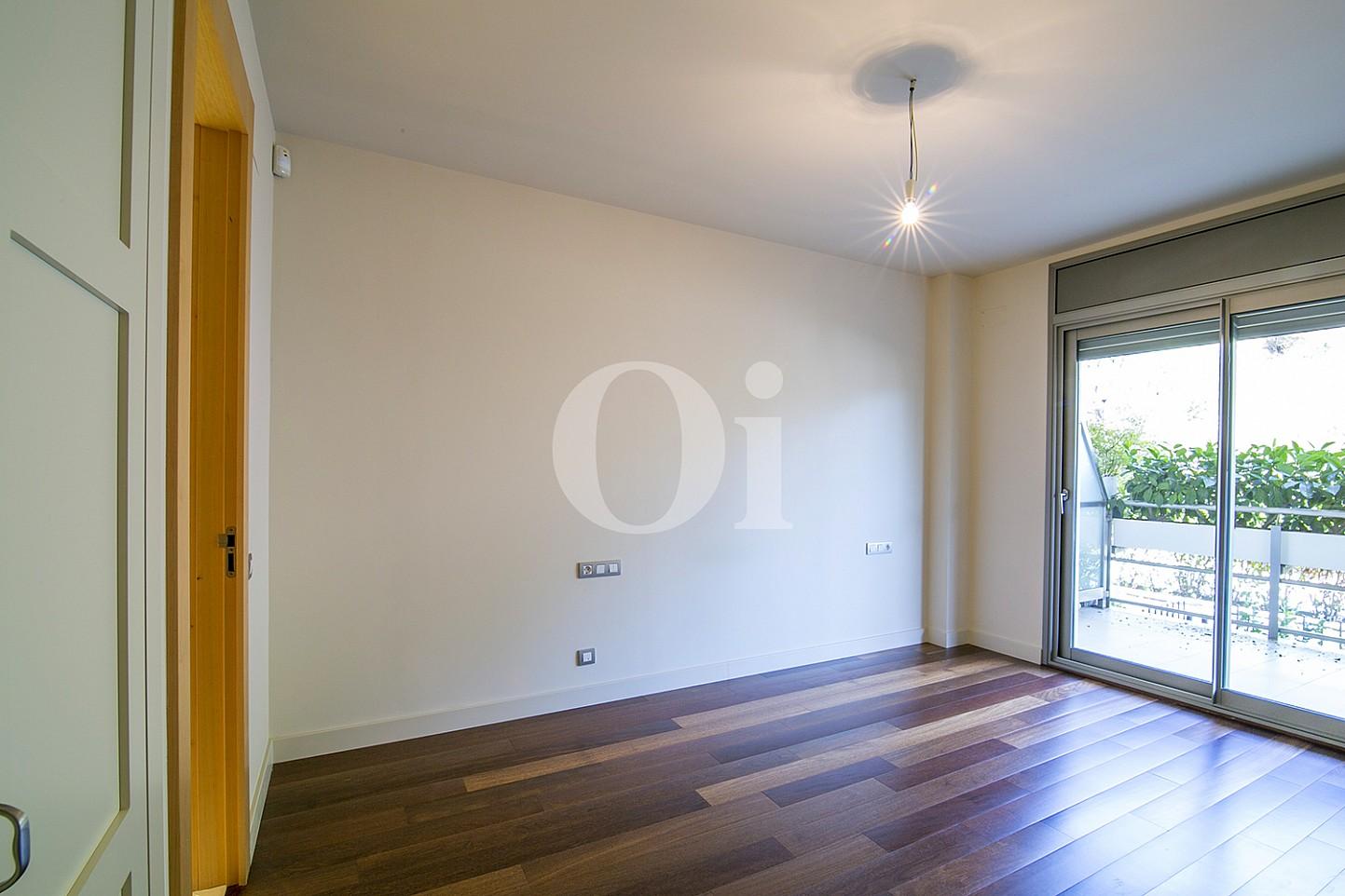 Salón de precioso apartamento en venta en Saria, Barcelona