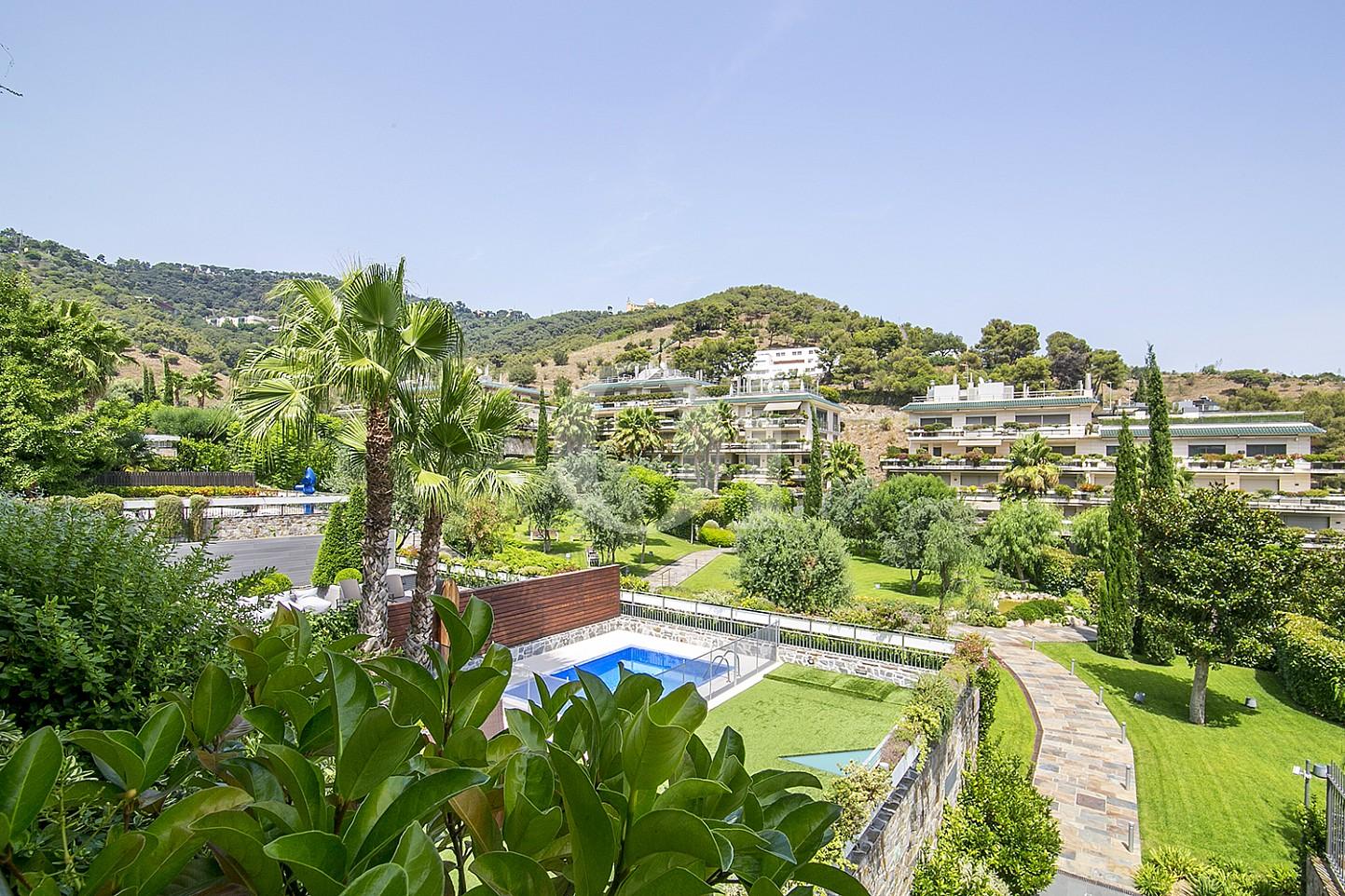 Alrededores de precioso apartamento en venta en Saria, Barcelona