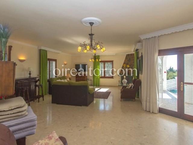 Villa en venta en Benalmadena, Malaga