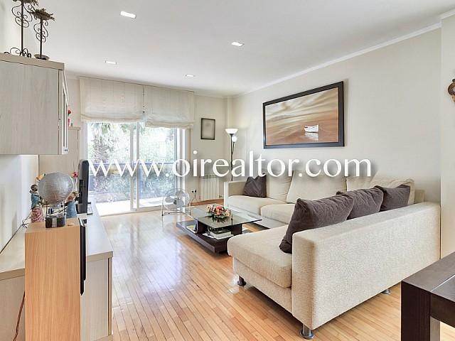 公寓在锡切斯锡切斯市中心出售