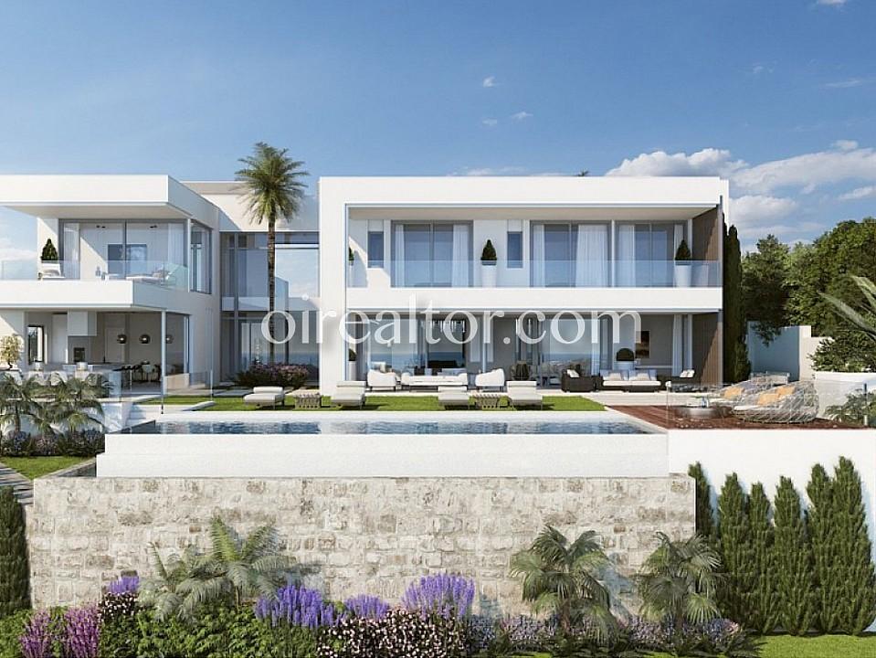 Продается дом в Бенахавис, Марбелья-Малага