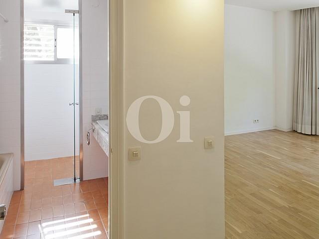 Pasillo de apartamento en alquiler en enclave privilegiado en Pedralbes