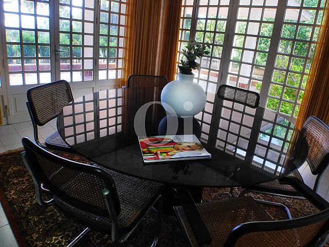 Salón-comedor de casa en venta con potencial en Manacor, Mallorca
