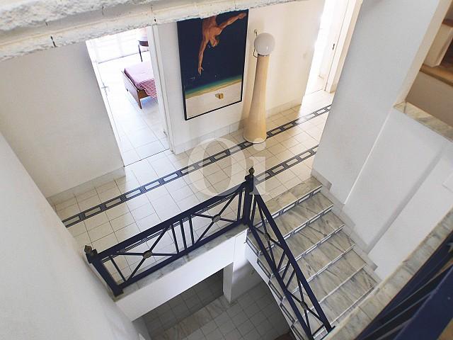 Escaleras de casa en venta con potencial en Manacor, Mallorca