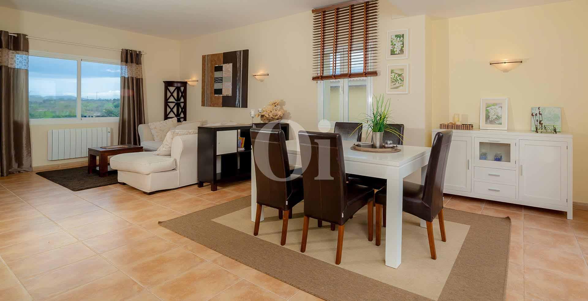 Salón-comedor de apartamento nuevo en venta en Porto Cristo, Mallorca