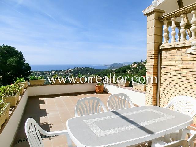 Espectacular casa amb vistes al mar prop de Cala Canyelles