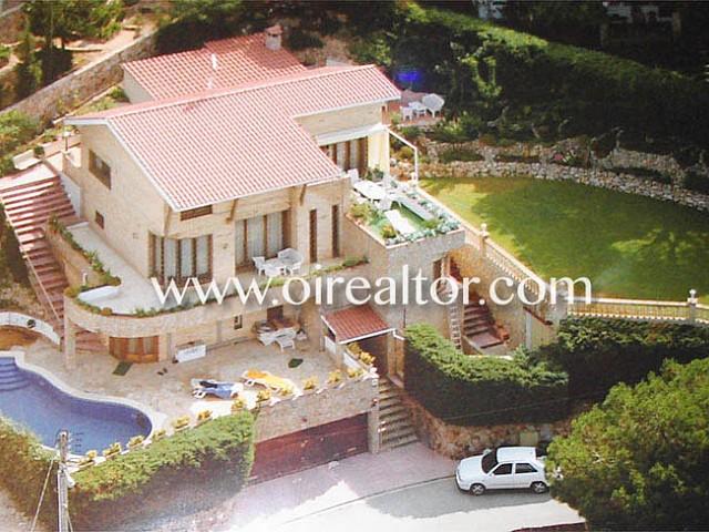 Spektakuläres Haus mit Meerblick in der Nähe von Cala Canyelles