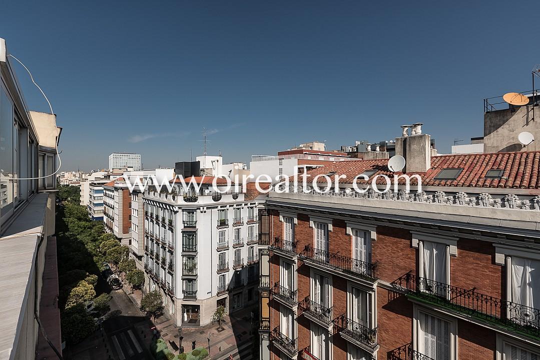 Продается пентхаус в Саламанке, Мадрид