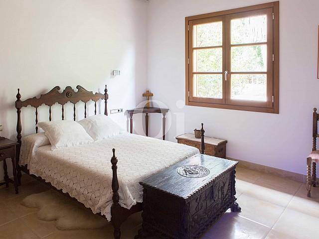 Dormitorio de villa exclusiva en venta en Mallorca próxima a Manacor