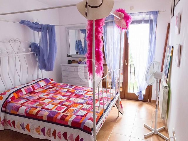 Habitación de matrimonio de preciosa casa de campo en venta en Manacor, Mallorca