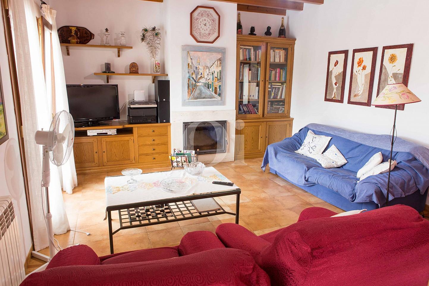 Sala de estar de preciosa casa de campo en venta en Manacor, Mallorca