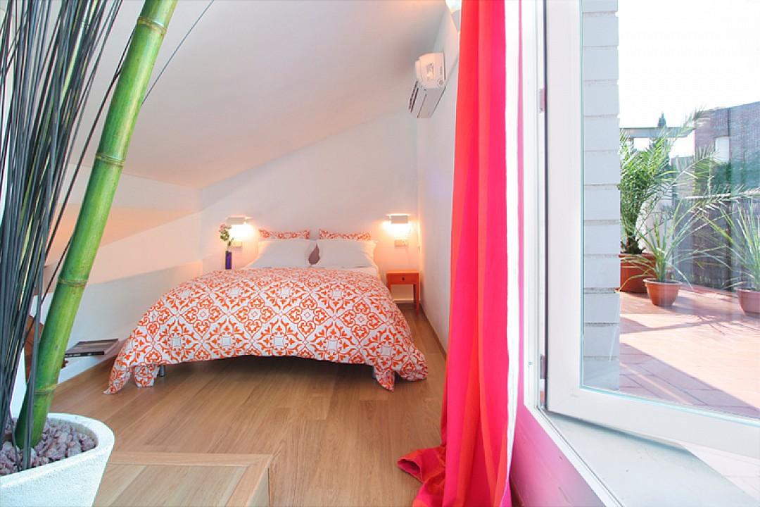 Двухэтажный пентхаус на продажу в Орте, Барселона
