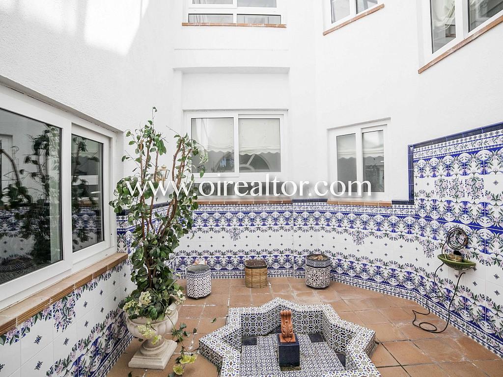 Красивый дом на продажу в Кабрилс