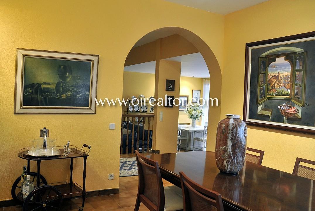 Продается дом в эксклюзивном Сант Андреу де Льяванерес