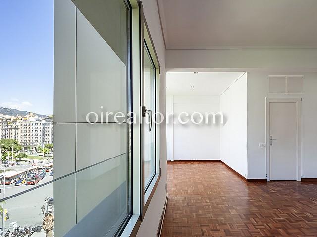 08 Salón, piso en venta en Barcelona