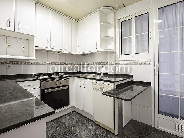 12 Cocina, piso en venta en Barcelona