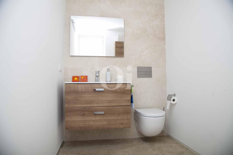 Baños de impresionante casa minimalista en venta en Cala Ratjada, Mallorca